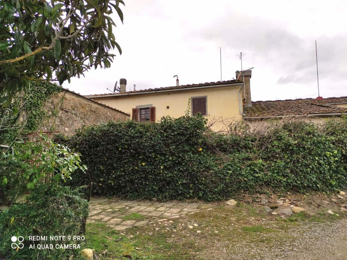 cerca San Casciano In Val Di Pesa  Mercatale CASALE VENDITA
